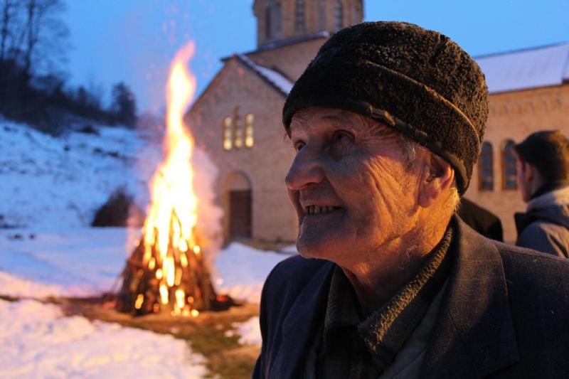 Paljenje badnjaka u Bešenovi, 2015